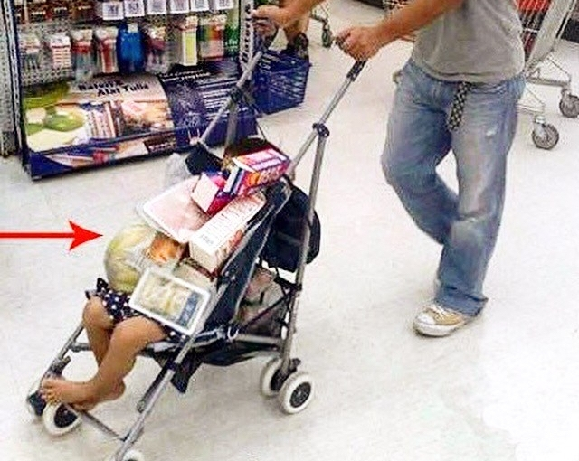 How to Aldi-Shop with a #BrokenBaby